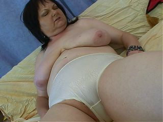 Old Slut just wants to FUCK